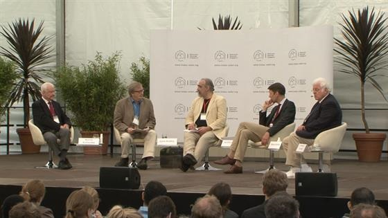 Panel Discussion (2012) - Panel Discussion on Mainau Island on the topic of the future of energy supply and storage.