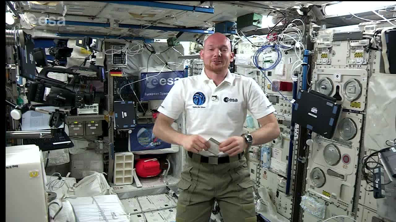 GREETINGS FROM SPACE  (2014) - ESA astronaut Alexander Gerst sends his greetings at the 64th Lindau Meeting