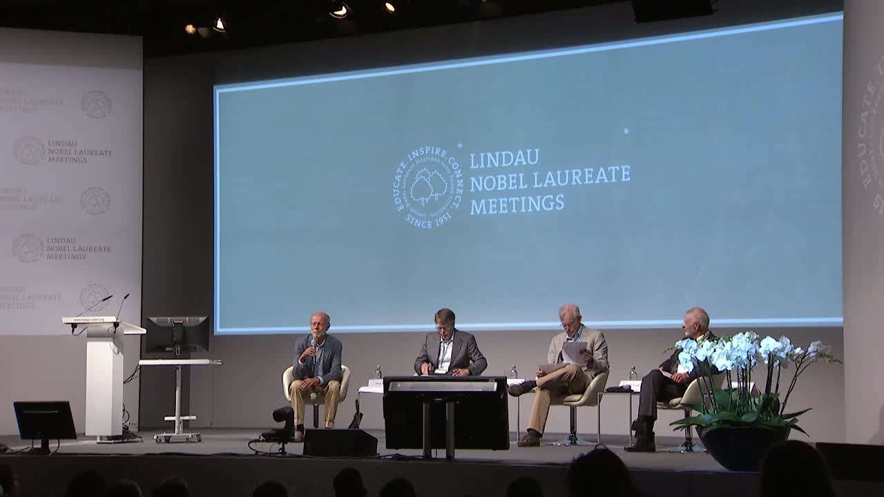 Panel Discussion (2014) - The Future of Econometrics: Structural Restrictions, Parametric Methods and Big Data; Panelists Hansen, McFadden, Sims