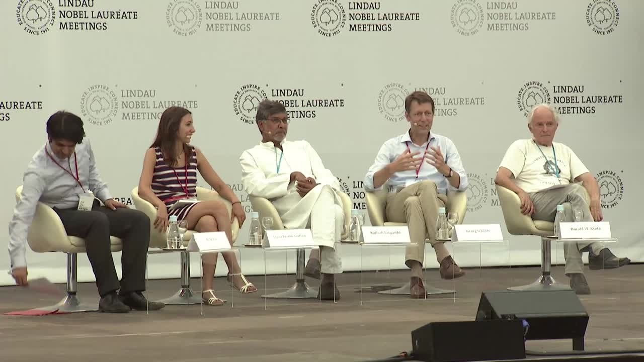 Closing Panel Discussion (2015) - Science Education (Panelists Godino, Kroto, Satyarthi, Schütte; Moderator: Alok Jha)