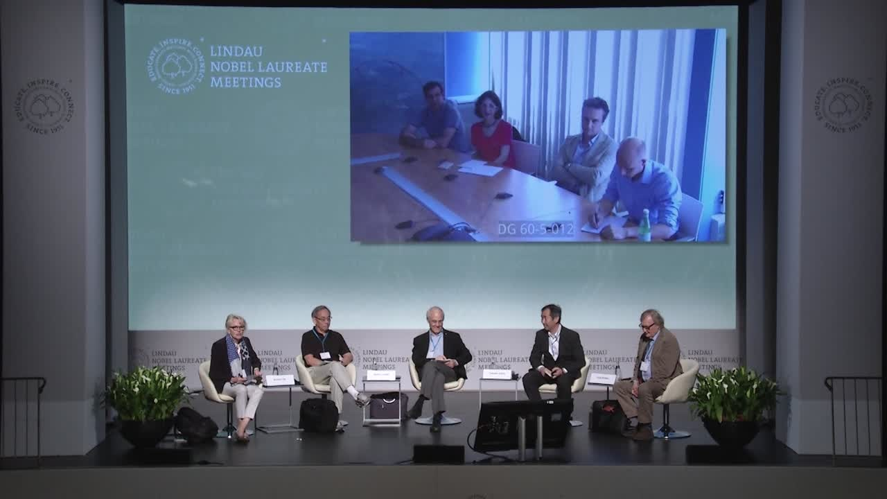 Panel Discussion (2016) - Glimpses Beyond the Standard Model; Panelists Steven Chu, David Gross, Takaaki Kajita, Carlo Rubbia; Moderator: Felicitas Pauss
