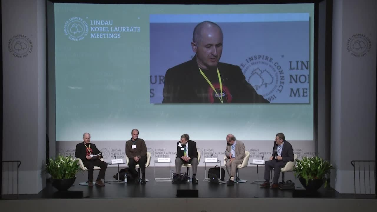 Panel Discussion (2016) - Is Quantum Technology the Future of the 21st Century?; Panelists Serge Haroche, Gerardus 't Hooft, William Phillips, David Wineland; Moderator: Christian Meier