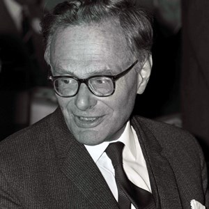 34798___Krebs,-Hans-Adolf-Krebs-1966.jpg