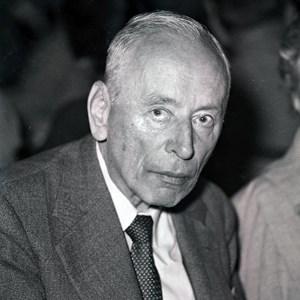 35226___Zernike,-Frits-(Frederik)-1959.jpg