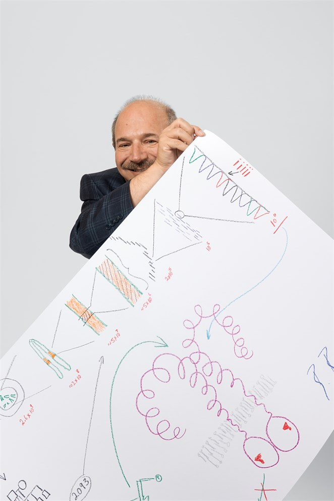 "Bruce Beutler with his ""Sketch of Science"""