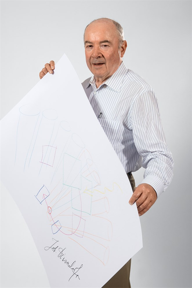 "Johann Deisenhofer with his ""Sketch of Science"""
