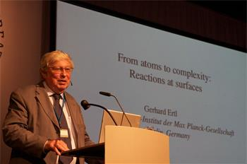 Gerhard Ertl - Lecture: 'From Atoms to Complexity: Reactions at Surfaces' by Gerhard Ertl (Laureate, Chemistry 2007)