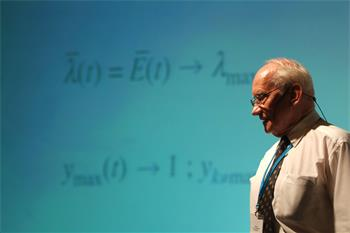 Manfred Eigen - Lecture: 'What is Life - Now' by Manfred Eigen (Laureate, Chemistry 1967)
