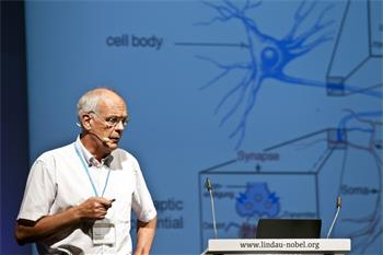 61st Lindau Nobel Laureate Meeting, 2011 - Nobel Laureate Bert Sakmann lecturing on cortical column in rat vibrissal cortex