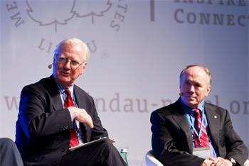 4th Lindau Meeting on Economic Sciences, 2011 - Nobel Laureates Sir James Mirrlees and Edward Prescott at the Plenary Panel Discussion