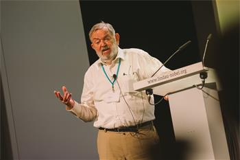 Martinus Veltman - Martinus Veltman delivering his lecture 'After Finding the Higgs Particle' at the 66th Lindau Nobel Laureate Meeting.