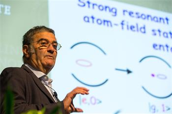 Serge Haroche - Serge Haroche holding his lecture on 'Cavity Quantum Electrodynamics and Circuit QED' at the 66th Lindau Nobel Laureate Meetings.
