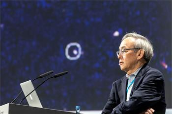 Steven Chu - Steven Chu holding his lecture on 'Recent Advances in Biomolecular and Biomedical Imaging'