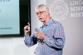 John Walker - John Walker holding his presentation 'Microbial Drug Resistance' at the 68th Lindau Nobel Laureate Meeting
