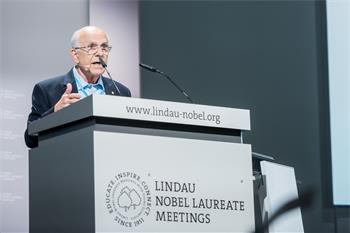 Louis Ignarro  - Louis Ignarro giving his lecture on 'The Road to Stockholm - A Nobel Mission'